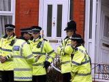 Торжественный парад в Лондондерри закончился арестами
