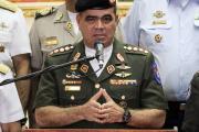 Власти Венесуэлы обвинили гражданских лиц и дезертира в нападении на базу
