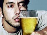 За полгода белорусы выпили водки и «чернил» на миллиард долларов