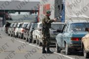 На границе с Украиной огромные автомобильные очереди