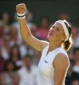 Азаренко вышла в третий круг турнира в Монреале