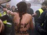 Сторонники традиционных браков избили активисток FEMEN