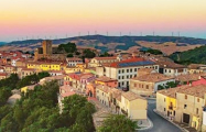 Испания пригласила иностранных туристов спасти деревни
