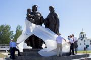 В Витебске установили памятник князю Александру Невского и его семье
