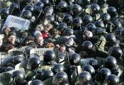 Полицейские ФРГ изучат опыт белорусского ОМОНа по разгону мирных демонстраций (Фото)