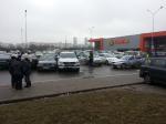Женщина на внедорожнике разбила 5 машин у «Гиппо»