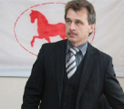 Некляев и Романчук сдали в ЦИК списки инициативных групп