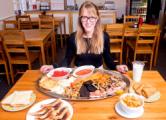 Британское кафе предлагает посетителям завтрак из 59 блюд