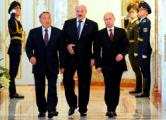 Лукашенко - Путину и Назарбаеву: Мы должны быть вместе
