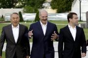 Коммунисты  защищают Лукашенко  перед  МИД России