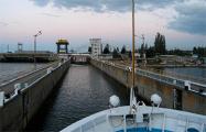 Российским судам запретили ходить по украинским рекам