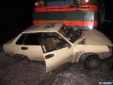 В Лидском районе легковой автомобиль столкнулся с грузовым поездом