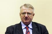 Гаагский трибунал отпустил Воислава Шешеля лечиться в Сербию