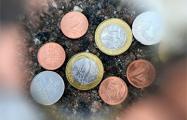 К медикам уже доставляют детей, проглотивших белорусские монеты