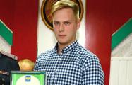 В Беларуси продавец один справился с тремя грабителями из РФ