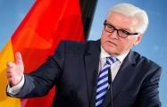 Штайнмайер: Смягчать санкции против России еще рано