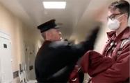 В Бресте сумасшедший «ябатька» напал на врача скорой помощи