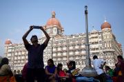 В Индии туристу проломили череп при попытке сделать селфи с местными жителями