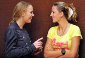 Виктория Азаренко победила Каролин Возняцки в благотворительном матче в Минске
