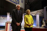 Клинтон обошла Сандерса на праймериз в Южной Каролине