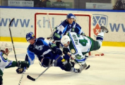 В экстралиге чемпионата Беларуси по хоккею отменена обязательная заявка на матч двух молодых игроков