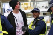 Митинг студентов в центре Лондона перерос в драку с полицией