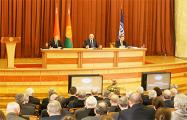 Участник встречи Лукашенко с учеными: Телефоны приказали оставить дома