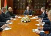Лукашенко назначил новых послов и чиновников