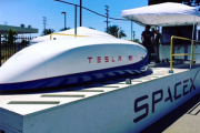 SpaceX разогнала Tesla в Hyperloop до рекордной скорости