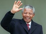 Нельсона Манделу положили в больницу