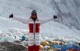 Белоруска решила покорить Эверест и поднять там бело-красно-белый флаг