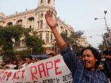Насильников индийской студентки обвинили в убийстве