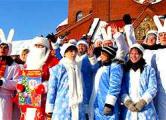Дедов Морозов и Снегурочек не пустили в «палатку» (Фото, видео)