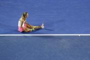 Виктория Азаренко и Максим Мирный вышли в четвертьфинал парного разряда Australian Open