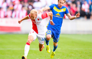 Лига чемпионов: БАТЭ, играя с 20-й минуты вдесятером, уступил «Славии»