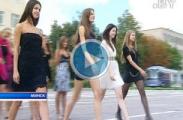 Минских красоток заставили маршировать на солдатском плацу