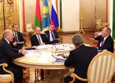 Лукашенко: ЕАЭС ждет политическая и военная интеграция