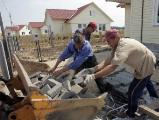 Леонид Заико: Белорусы из-за ипотечных кредитов на 40 лет попадут в кабалу