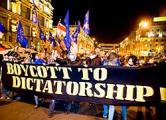 Мировая пресса: Европа играет с диктатором в рискованные игры