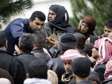 На ливанской границе насчитали две тысячи беженцев из Сирии