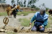 В Афганистане неизвестные боевики похитили 19 саперов