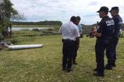 На побережье французского острова в Индийском океане нашли обломок самолета