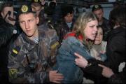 Портреты политзаключенных в центре Минска в день приезда премьера РФ (Фото)