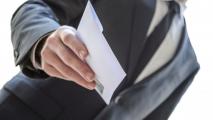 Лукашенко хочет наказывать тех, кто получает зарплату в конвертах