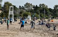 Аномальная жара в Греции: локдаун на пляже и купания в море