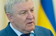 Суд в Киеве постановил арестовать скрывающегося в Беларуси экс-министра обороны Украины