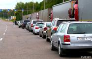 На белорусско-российской границе — многокилометровая очередь из машин