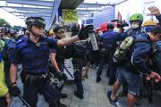 Вашингтон посоветовал Пекину разобраться с правами человека к сентябрю