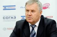 Экс-тренеру сборной Беларуси во время матча шайба попала в голову