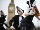 Британское правительство отложило на год геноцид барсуков